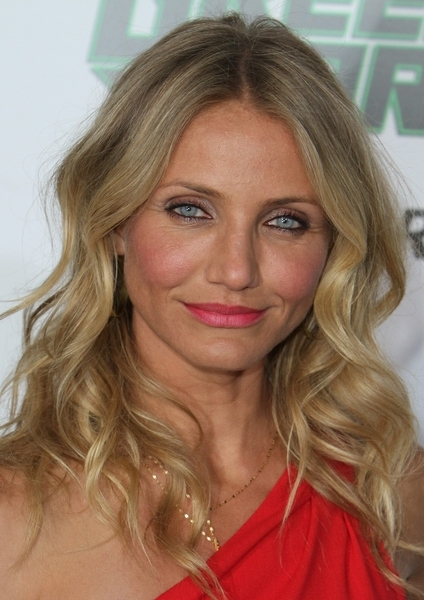 cameron diaz the mask red dress. a cameron diaz the mask