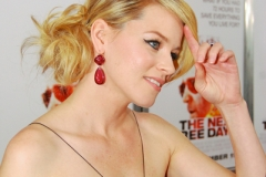 Elizabeth Banks Photos: Hollywood Movie Photo Gallery of the Day Aug 28, 2011