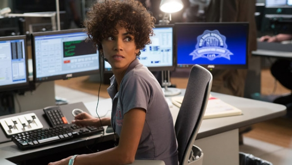 Halle Berry in THE CALL