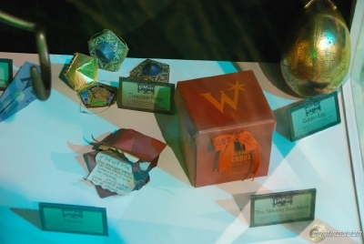 ""\""""Harry Potter"""" Props at Comic-Con""400|268|?|en|2|76e7bfdc4b3a23b8f6ad7b6add09bccd|False|UNLIKELY|0.3068748414516449