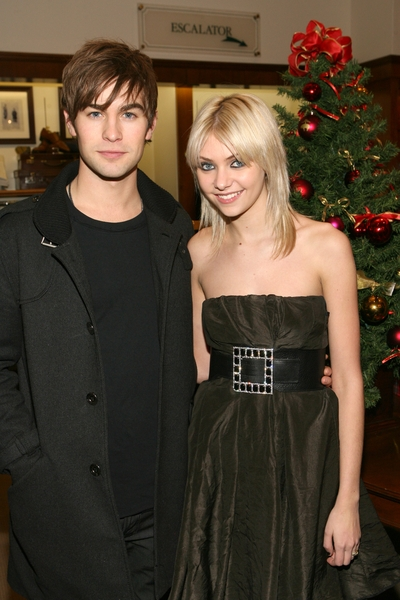 Chace Crawford and Taylor Momsen
