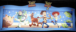 Leog toy story mural unveiled for blu ray toy story 3 - Lecteur blu ray mural ...