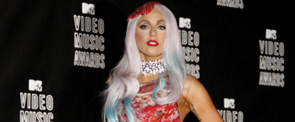 lady gaga meat dress real meat. Lady Gaga and her meat
