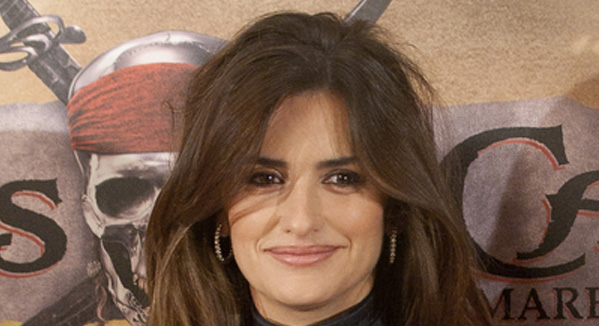 Penelope Cruz Curly Hair. To read more about Penelope