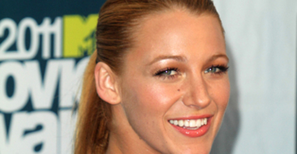 Blake Lively Heads To Disneyland With Leonardo Dicaprio