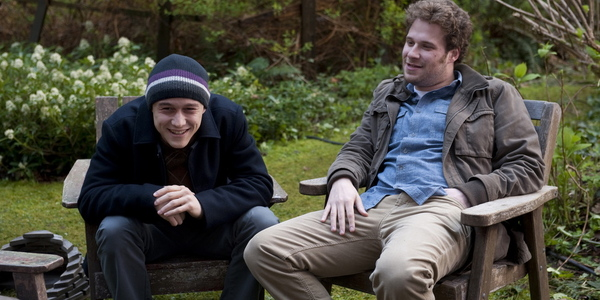 (L to R) JOSEPH GORDON-LEVITT and SETH ROGEN star in 50/50.