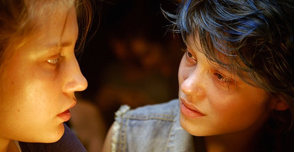 Blue is the Warmest Color Adele Exarchopoulos and Lea Seydoux 600x300