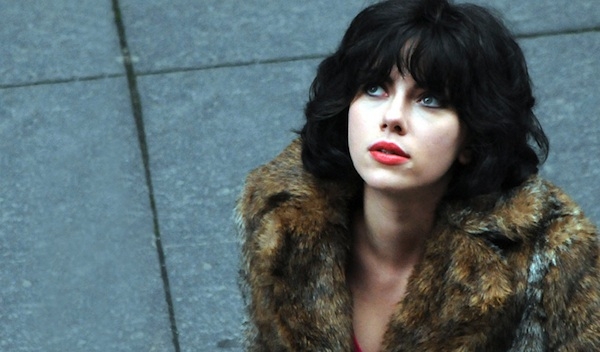 under the skin scarlett johansson 600x350