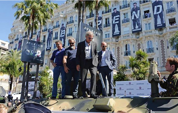 Expendables 3 in Cannes top of tank 600x383