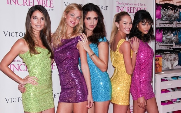 """Victoria's Secret Angels Debut the New """"Incredible"""" Bra at Victoria's Secret Soho in New York City on March 1, 2011"""